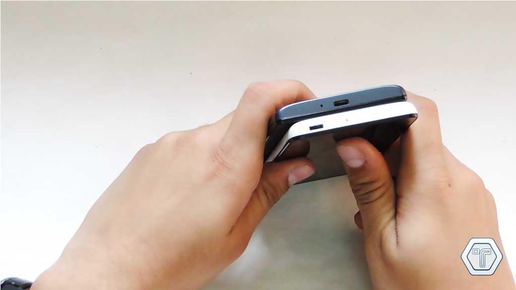 Xiaomi Redmi 1s vs Xiaomi Redmi 2 Micro USB Jack