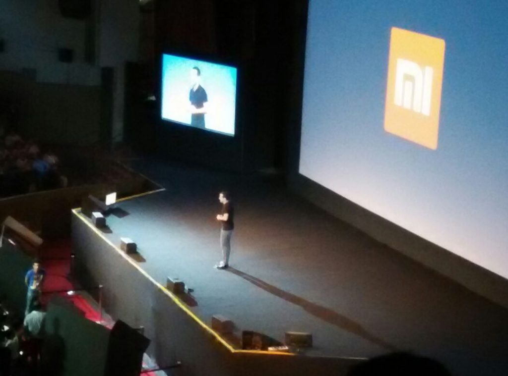 Xiaomi Global Launch with hugo barra on stage - techniblogic