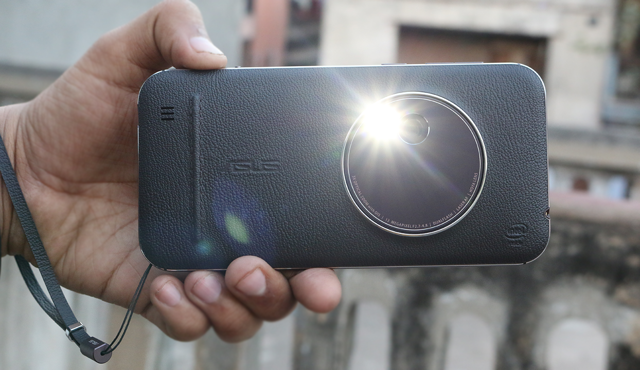 Asus Zenfone Zoom Review - Best Camera Smartphone 1