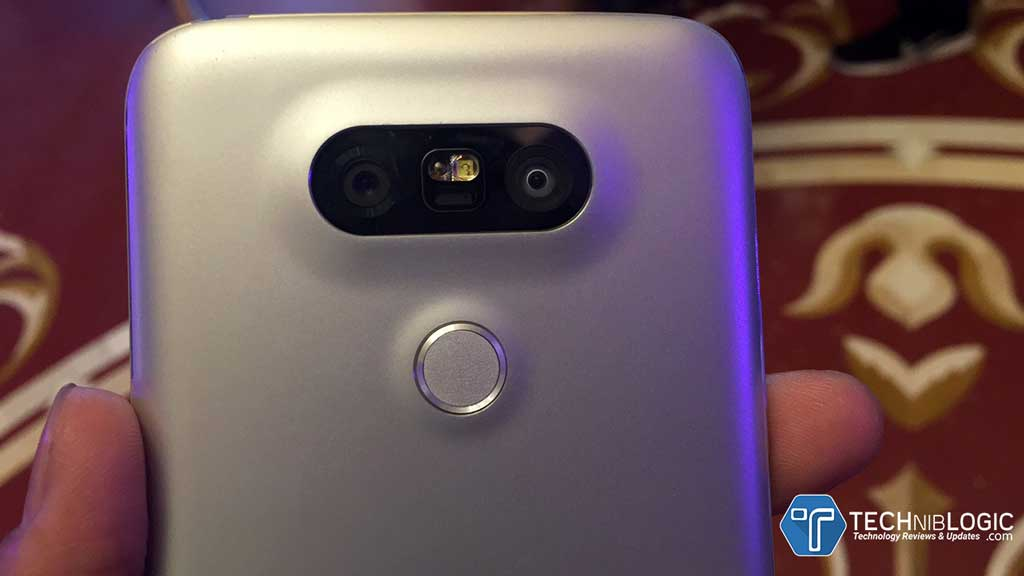 LG-G5-Dual-Camera-and-Finferprint-and-power-lock-key-techniblogic