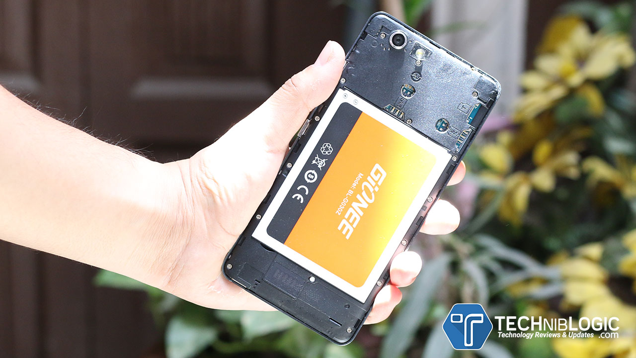 gionee-s-plus-techniblogic-battery-panel
