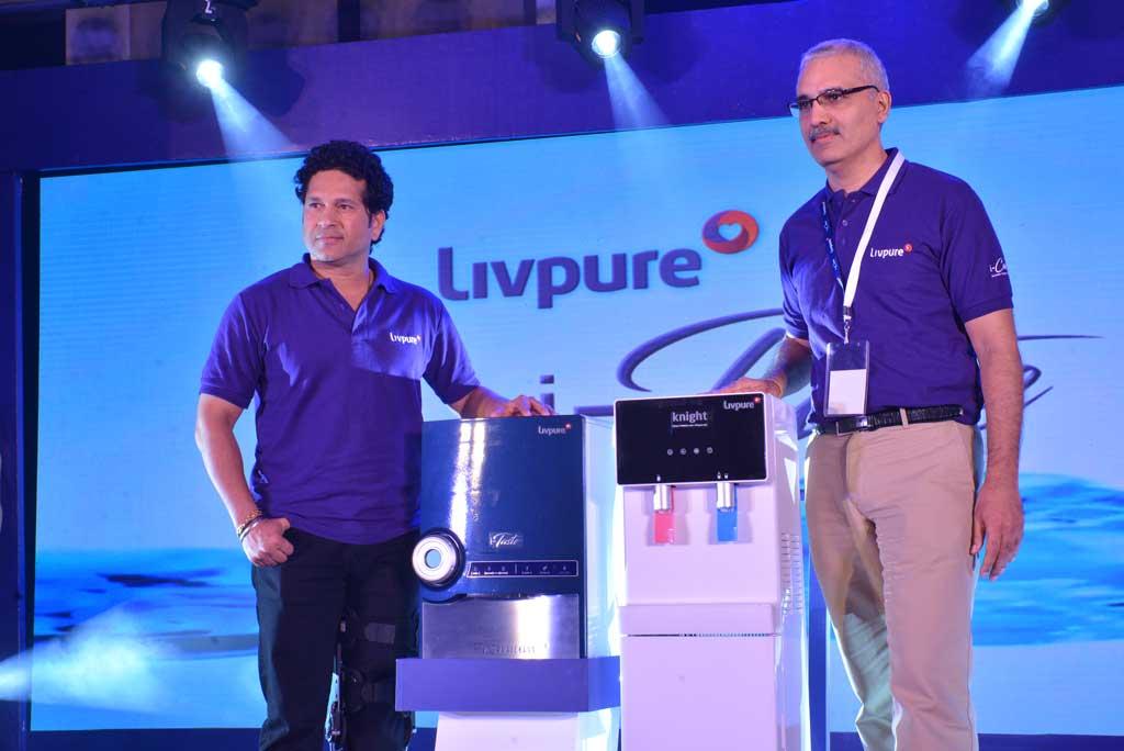 Shri-Sachin-Tendulkar-and-Mr.-Navneet-Kapoor,-Co-founder-&-Chairman,-Livpuretechniblogic