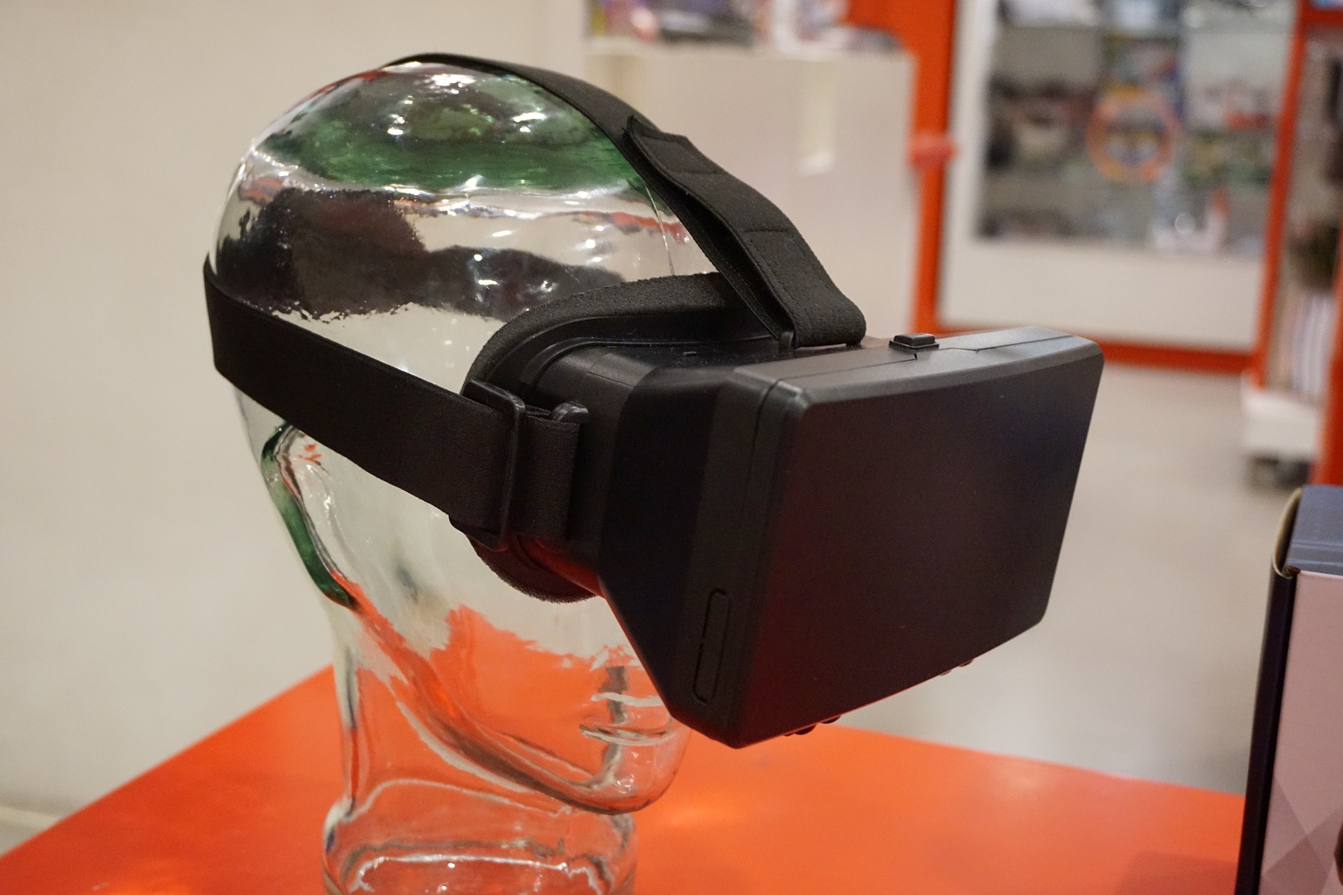 How Virtual Reality Technology can change the way you do business