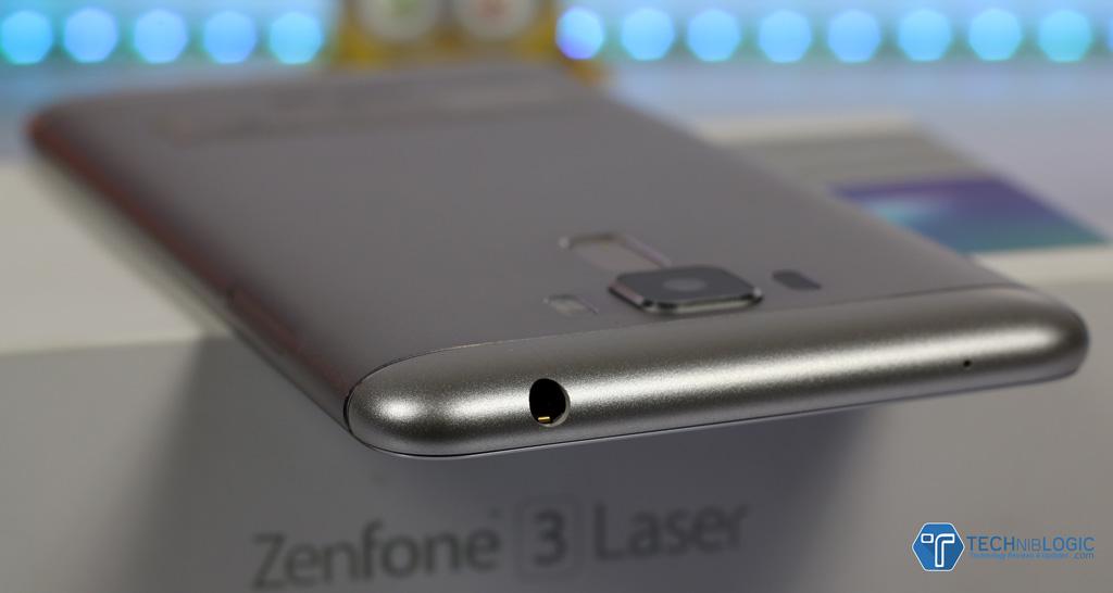 asus-zenfone-3-laser-audio-jack