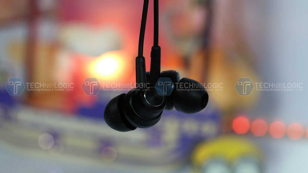 BW-ES1 Graphene Earphone Review : Bass in Budget 4