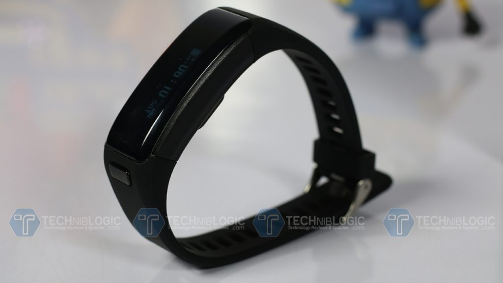 f1-smartband-navigation-button-techniblogic