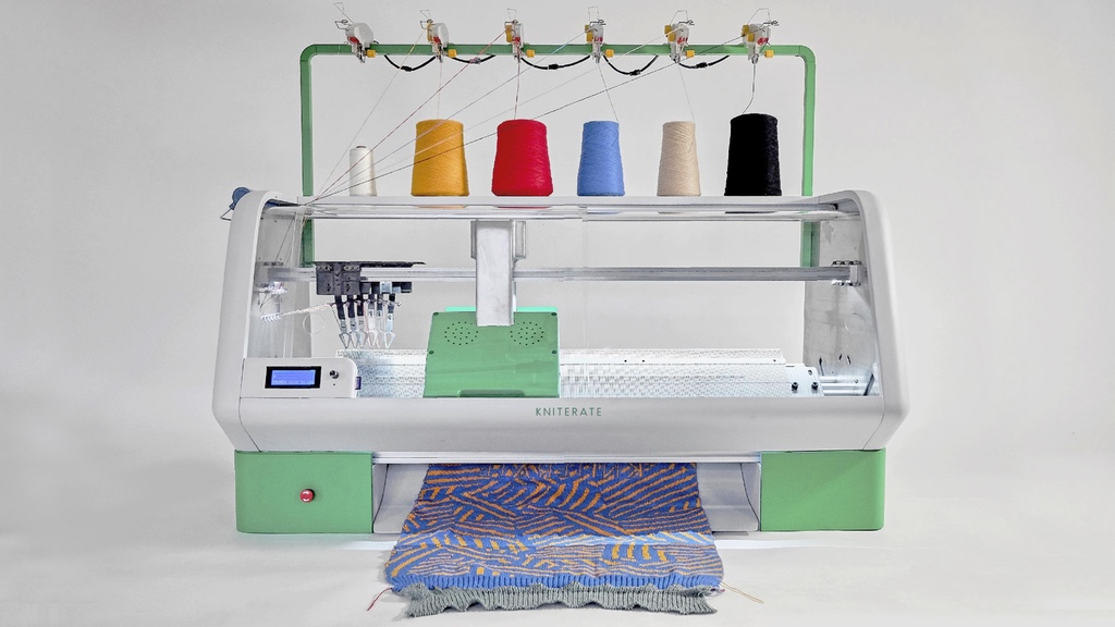 Kniterate Digital Knitting Machine