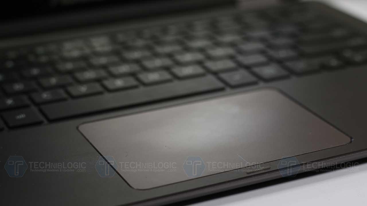 Asus-ZenBook-Flip-UX360CA-mouse-pad