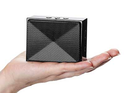AmazonBasics Mini Bluetooth Speaker