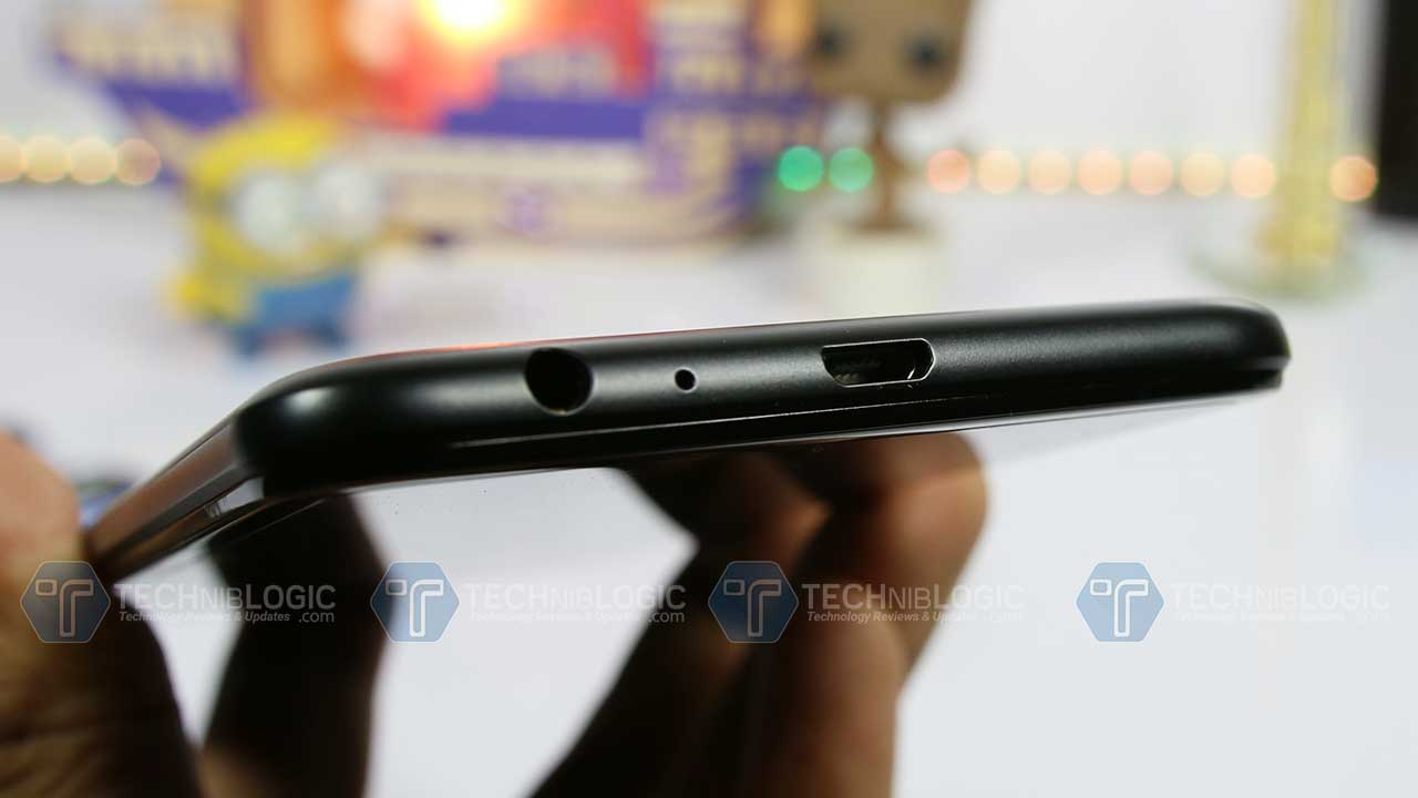 Gionee-A1-Lite-charging-port