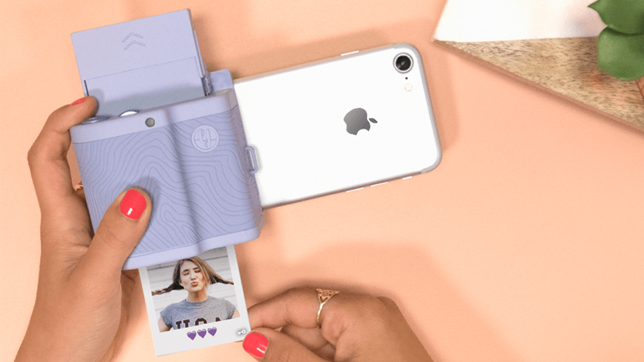 Turn Your Smartphone Into An Instant Camera With Prynt