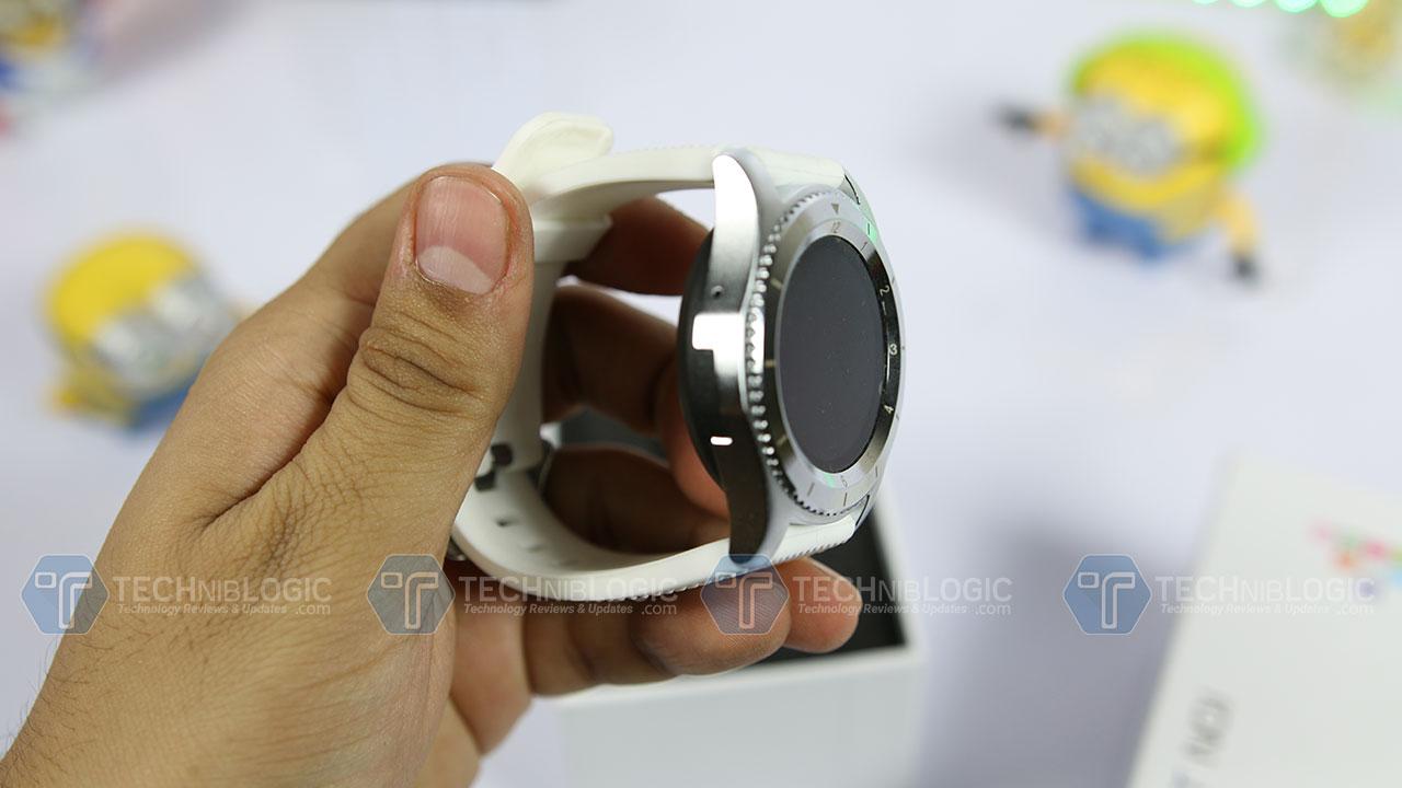 No.-1-Smartwatch-G8-Review-Built-Techniblogic