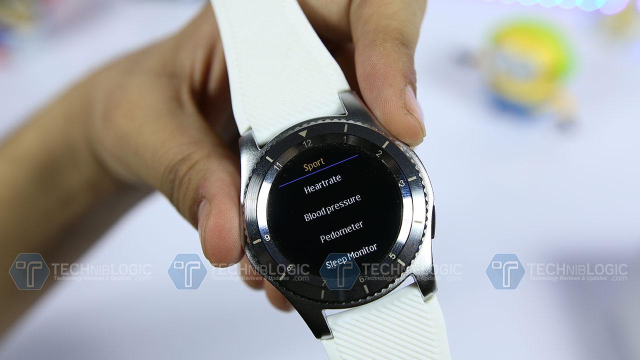 No.-1-Smartwatch-G8-Review-Features-Techniblogic