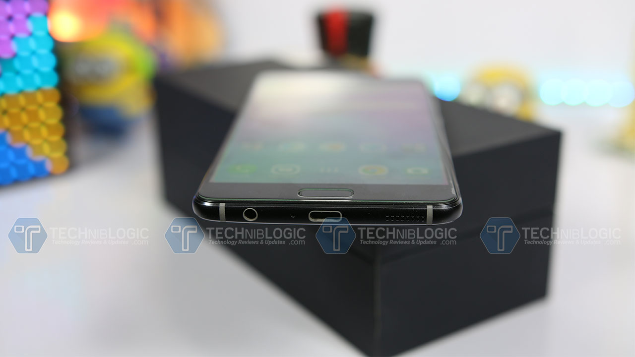 Asus-Zenfone-AR-OTG-Techniblogic