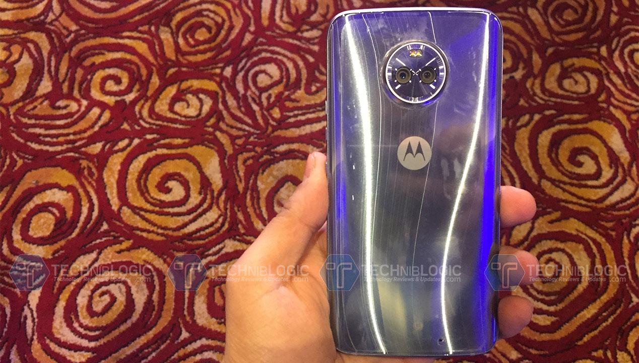 Moto-x4-Silver-Techniblogic