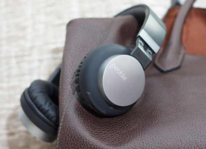 Pebble-Elite-headphones-techniblogic