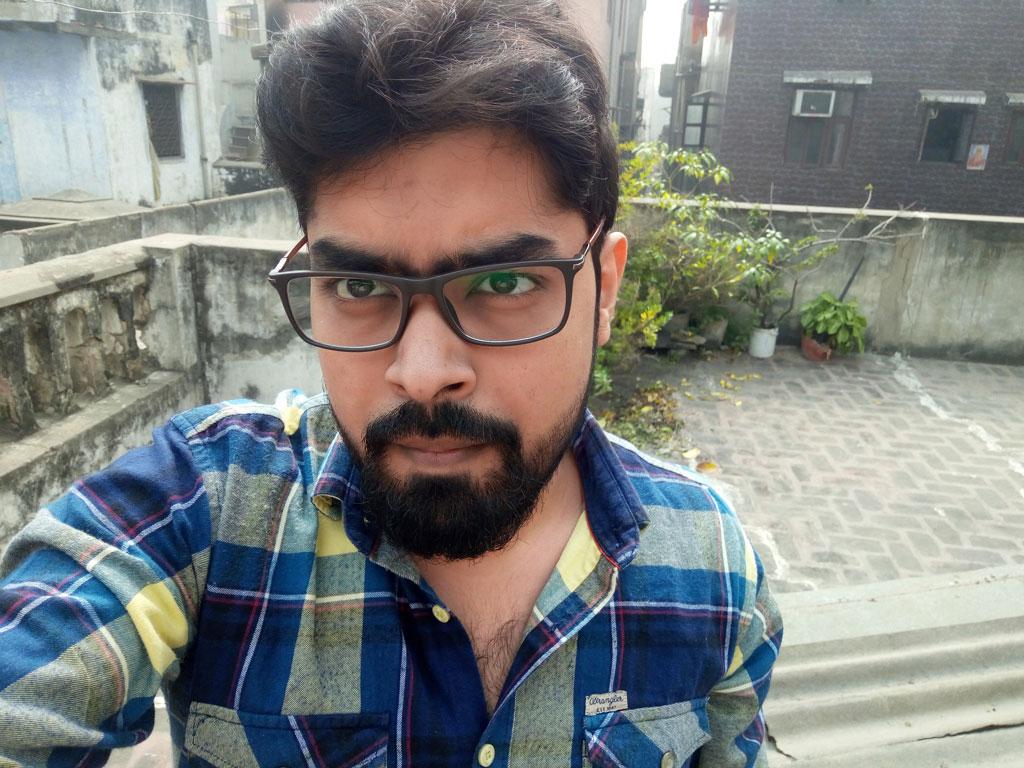 Xolo-Era-2V-Selfie-Camera-Sunlight-Techniblogic-Nishith-Gupta