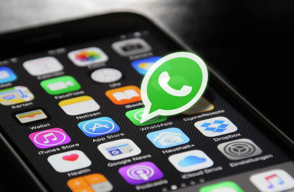 how to use fake location WhatsApp
