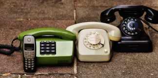 Century-Communications-Landline-versus-Mobile