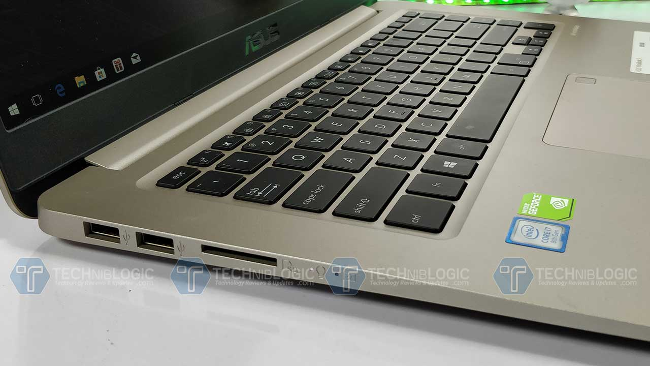 Asus-VivoBook-S510-U-Review-Ports-left-Techniblogic