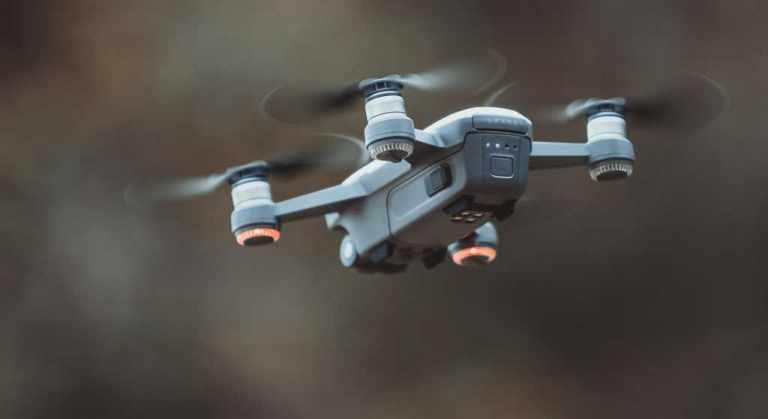 10 Best Drones Under 200 Dollars (2020)