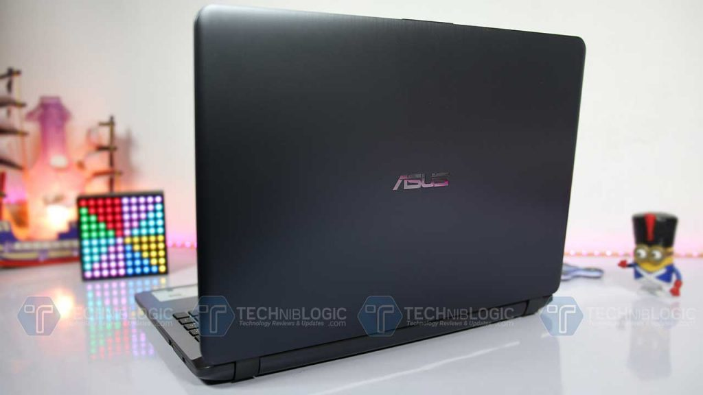 Asus-VivoBook-X507-back-panel