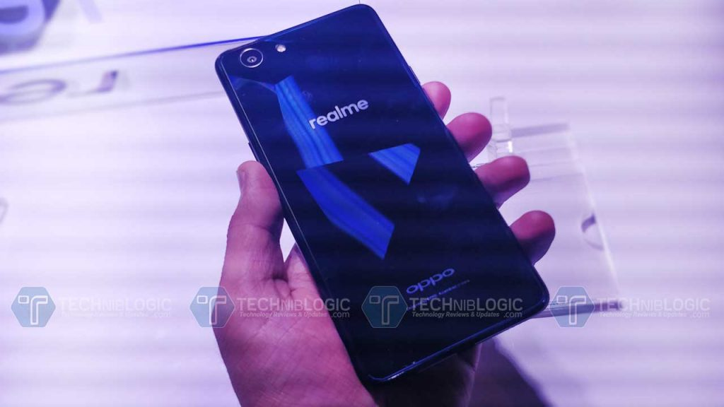 Realme-1-by-oppo-mobiles