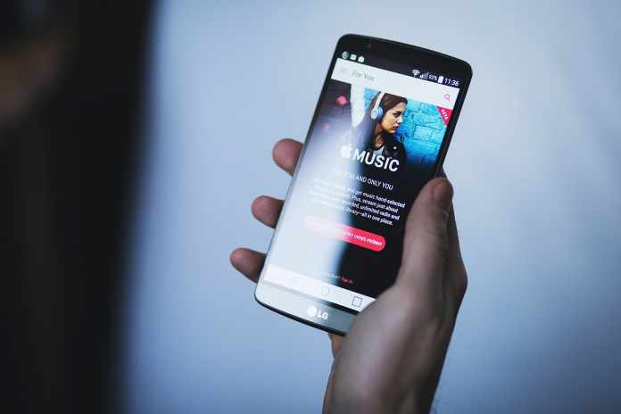 Top 10 Offline Music Apps To Listen Songs Without Internet