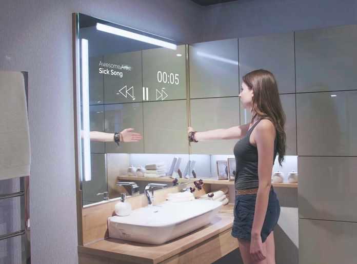 VERSE Smart mirror - The Smart Mirror without fingerprints