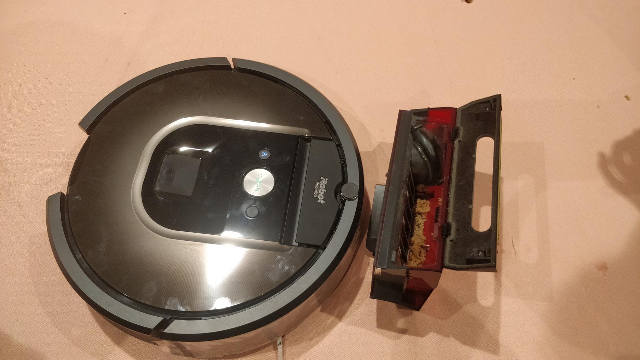 Roomba 900 series Vaccum Robots