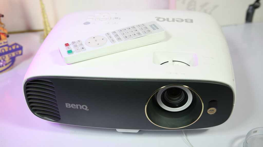 BenQ W1700 4K HDR Projector – Best Projector For Home Theater in India!