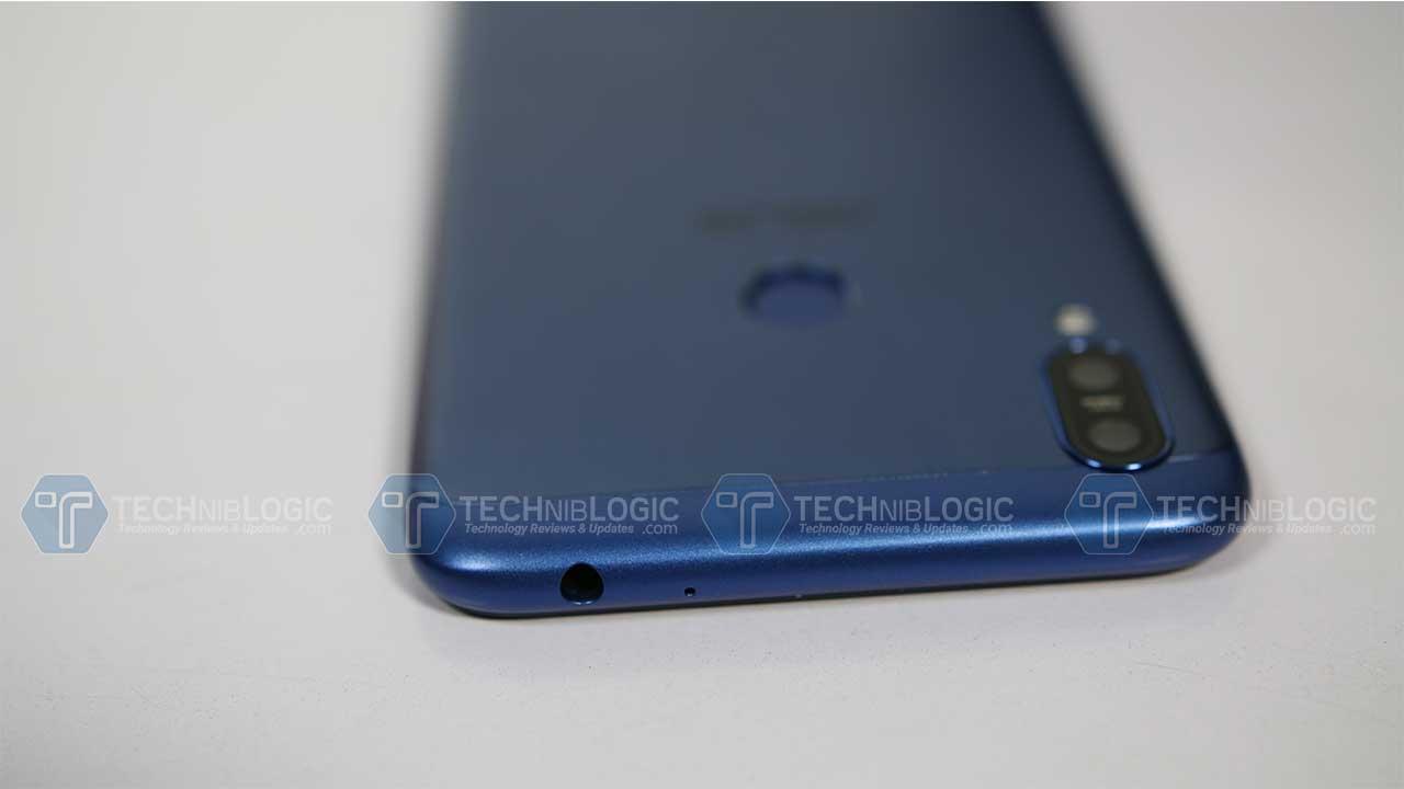Asus Zenfone Max M2 Review | Techniblogic 7