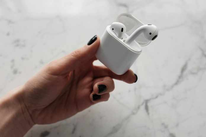 Best AirPods Charging Case