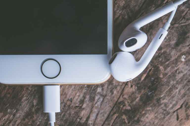 Best Audiobook App for iPhone 2020