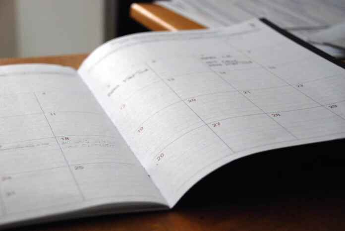 How to Schedule Employees for Your Small Business 1