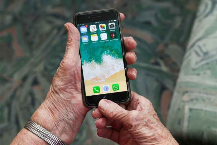 Sell or Trade in Your Old iPhone
